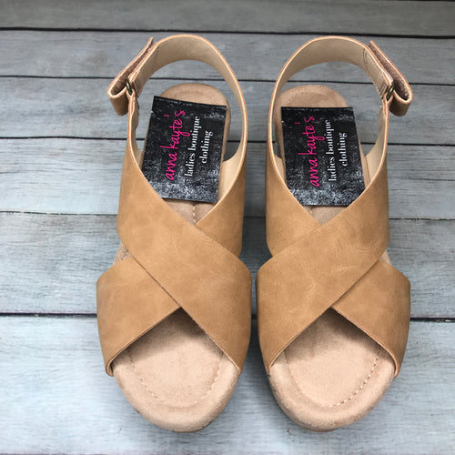 Summer Escape Caramel Wedge