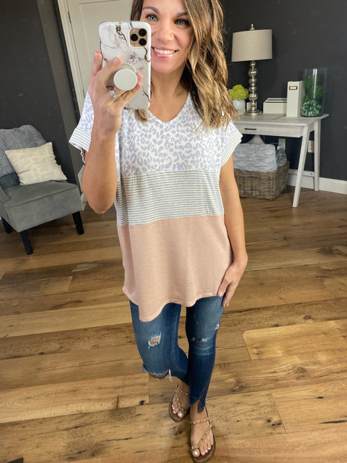 Days Go On Multi Print Tee- Ivory, Grey, Blush