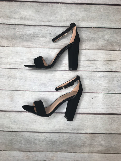 Keeping The Spark Black Chunky Heel