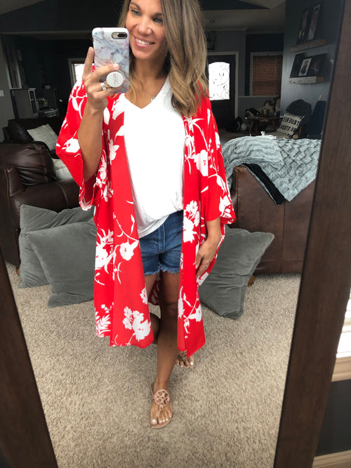 All the Things Red Floral Kimono
