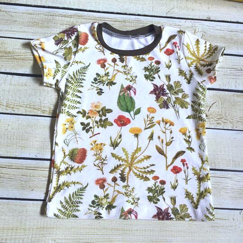 Vintage Botanicals  T-Shirt - Little Green Bird