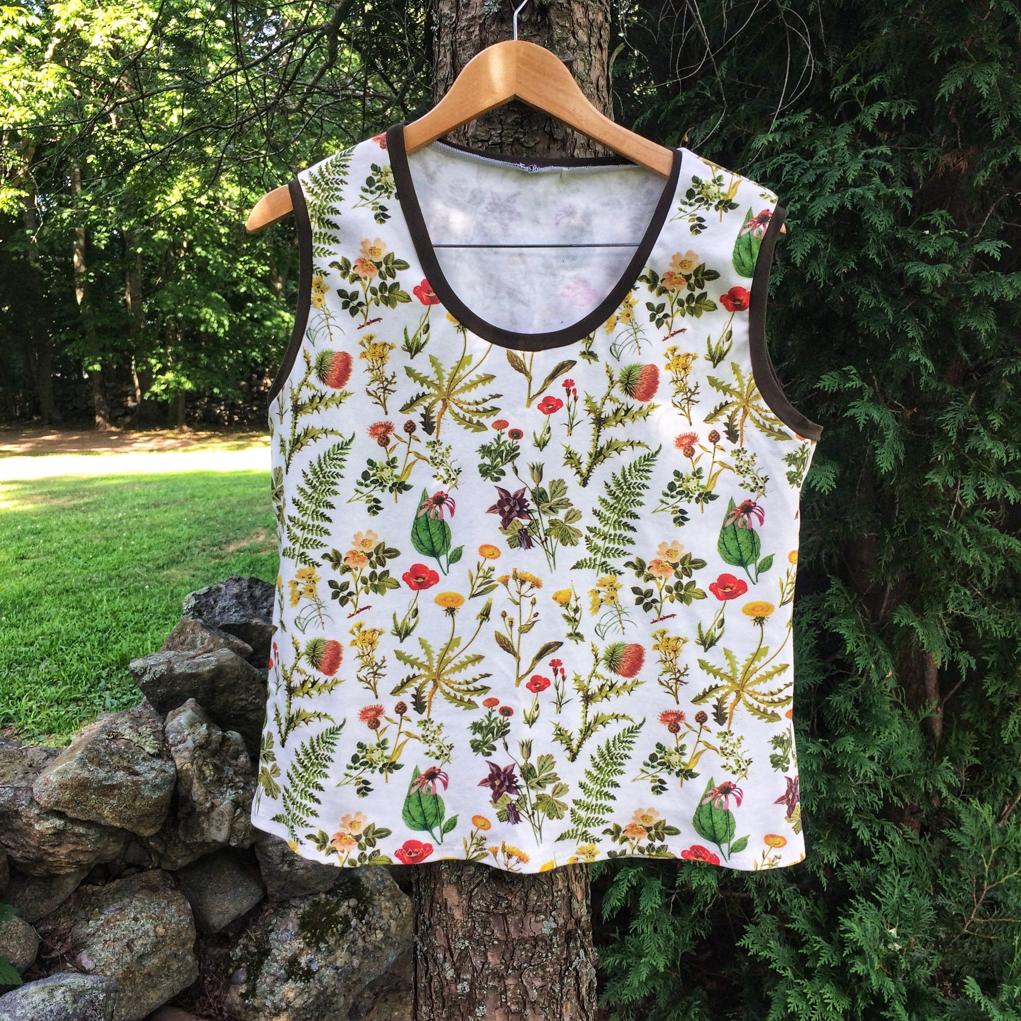 Vintage Botanicals Organic Tank Top For Adults - Little Green Bird