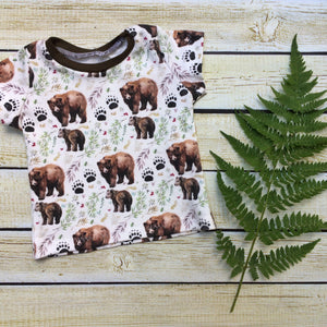 Mama Bear Organic Shirt - Little Green Bird