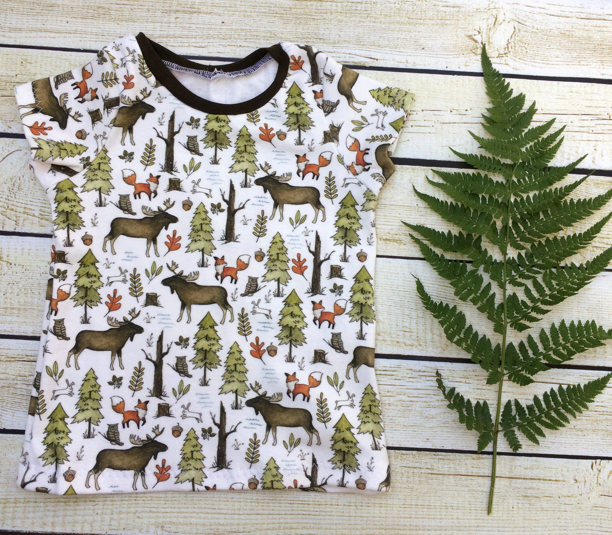 Forest Walk Organic Shirt - Little Green Bird