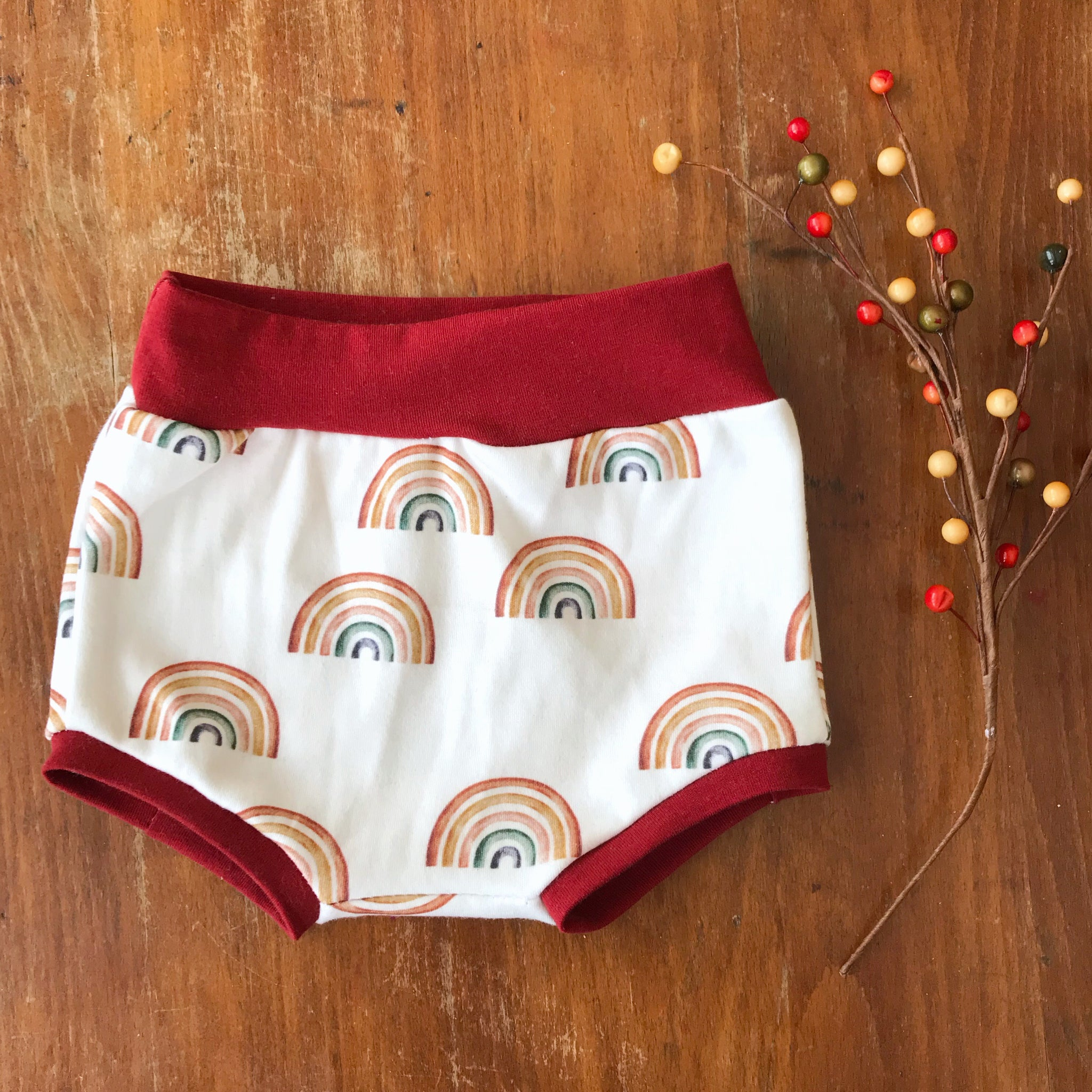 Scattered Rainbows Organic Knit Bummies