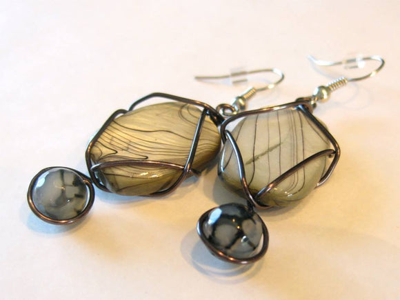 Gray shell w/black wire wrap earrings