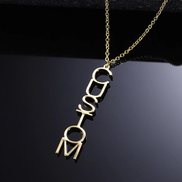 Vertical Arial Name Necklace | Dorado Fashion