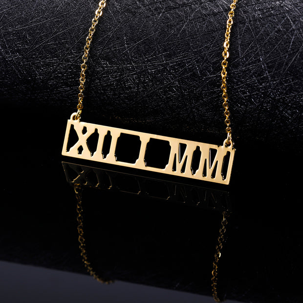 Roman Numeral Bar Necklace | Dorado Fashion