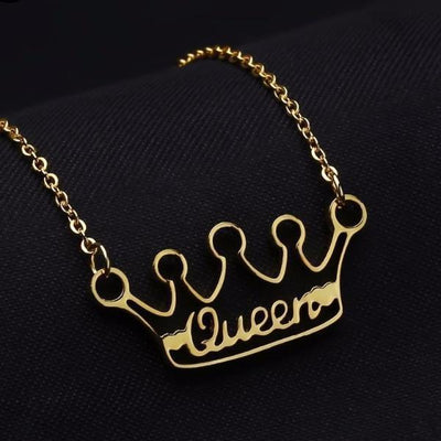Crown Name Necklace | Dorado Fashion