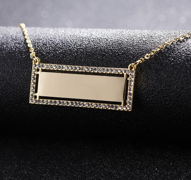 Iced Out Engraved Bar Necklace | Dorado Fashion