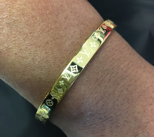 LV Logo Bangle