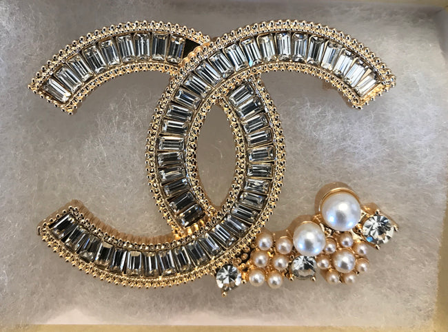Betty Baguette Cluster Double CC Brooch