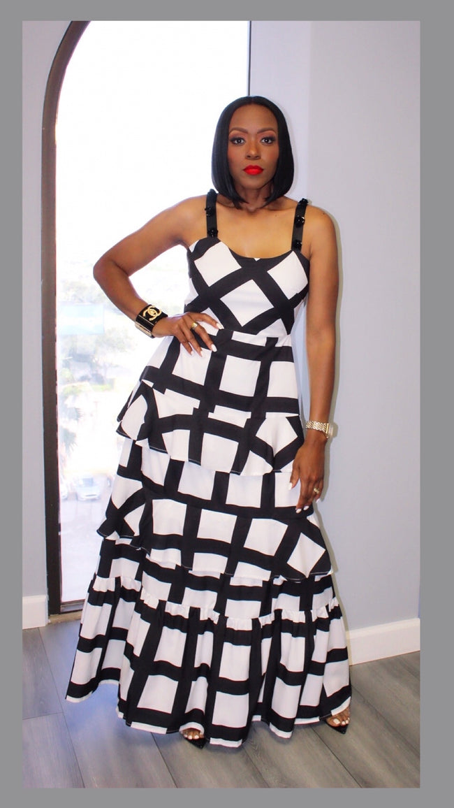 Brianna Black and White Maxi Dress:FINAL SALE