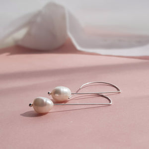 Pearl Drop Earrings - Anni Anni