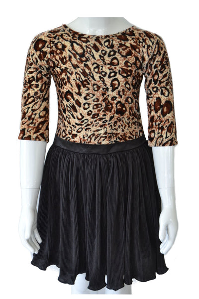 Stylish Tiger Print Top with Black Crush Skirt
