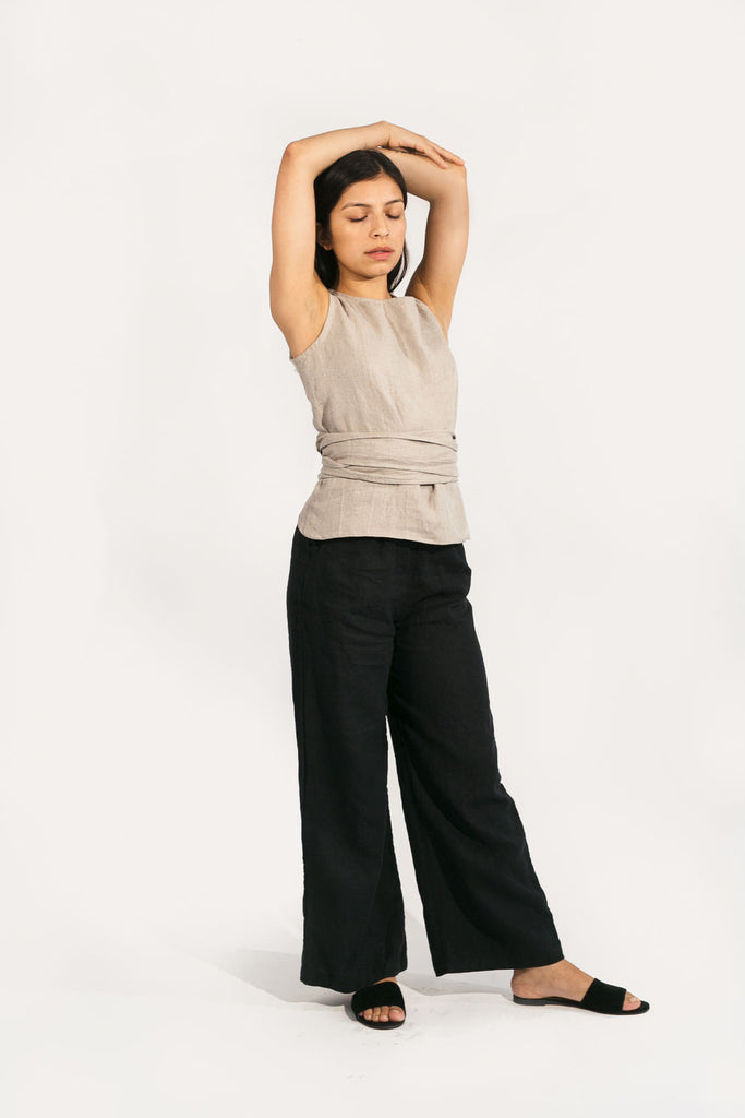 Large Misako Top in Black Linen - Sample