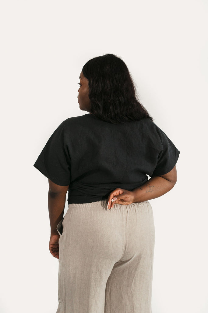 2XL Short Sleeve Clara Top in Black Linen - Sample