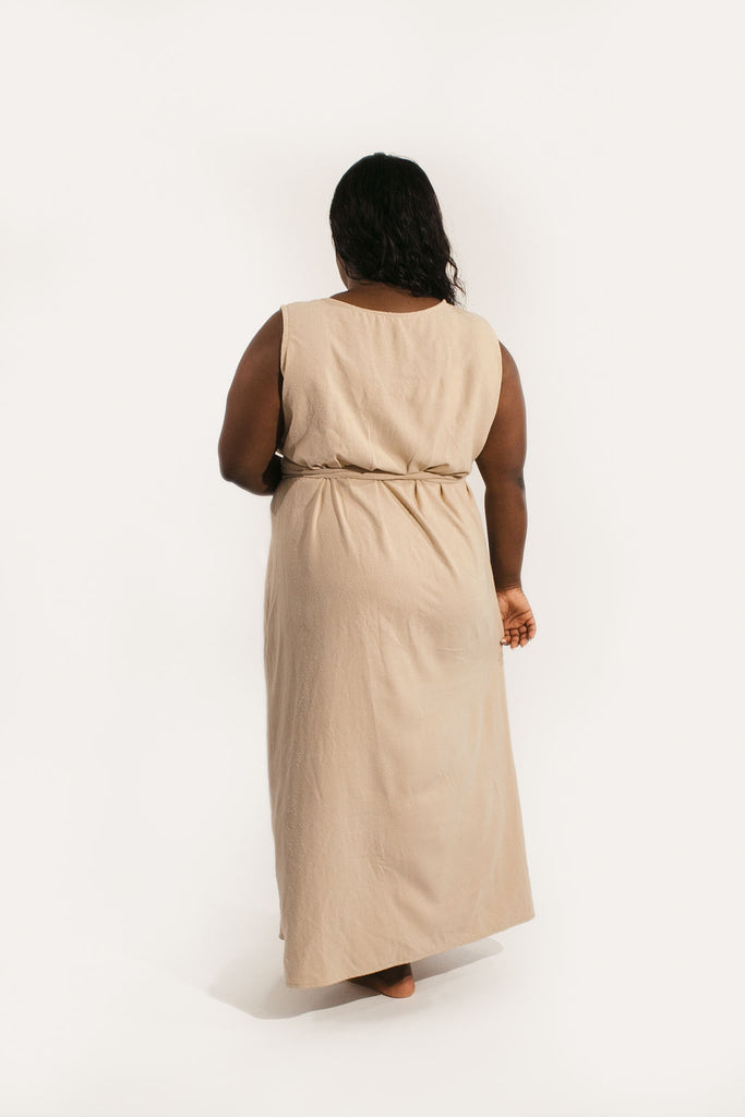 2XL Kayo Dress in Sand Raw Silk - Sample