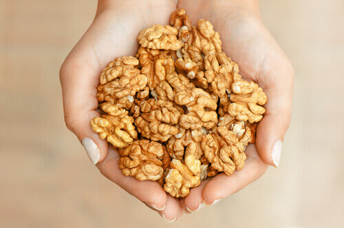 walnuts for better sleep