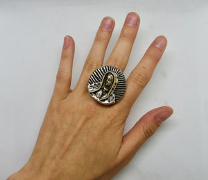 Virgin Ring