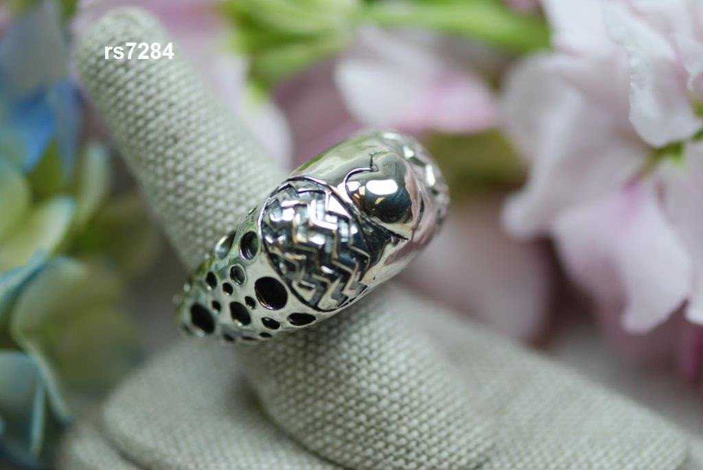 zig zag heart ring with crator sides all silver - rs7284