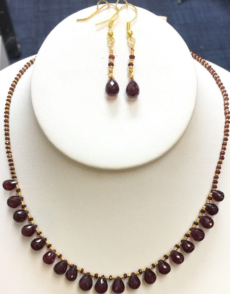 Naturaly-Color AAA-Quality Ruby Drop Necklace Set