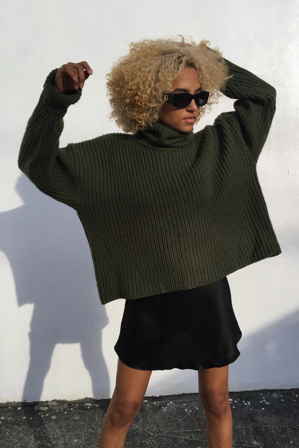 Vintage Oversized Olive Turtleneck Sweater