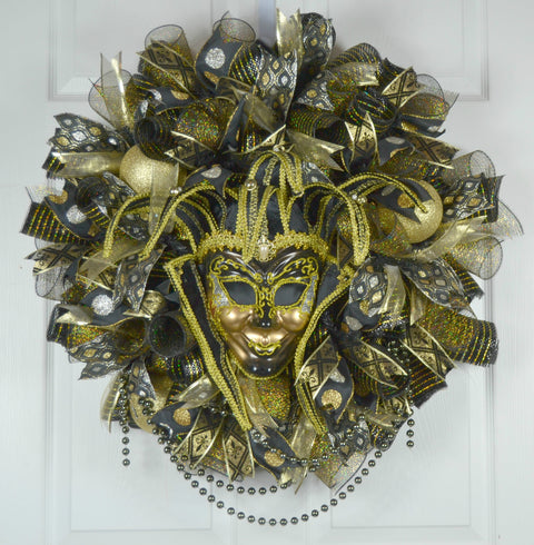 Arthemise Mardi Gras Wreath with Jester Mask
