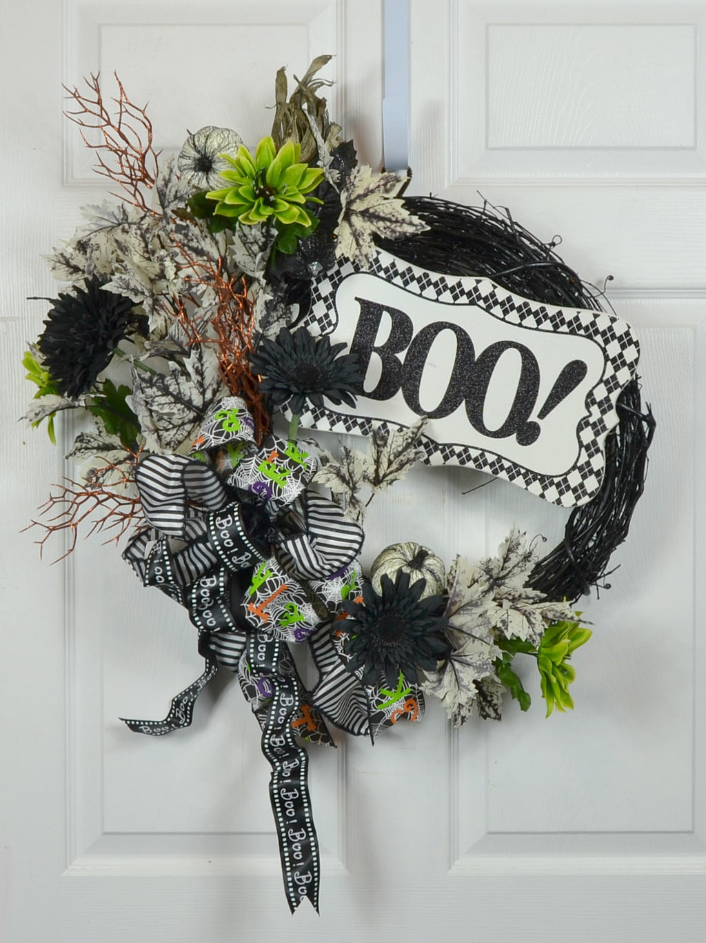 "Halloween Door Decor Wreath with ""Boo"" Sign"