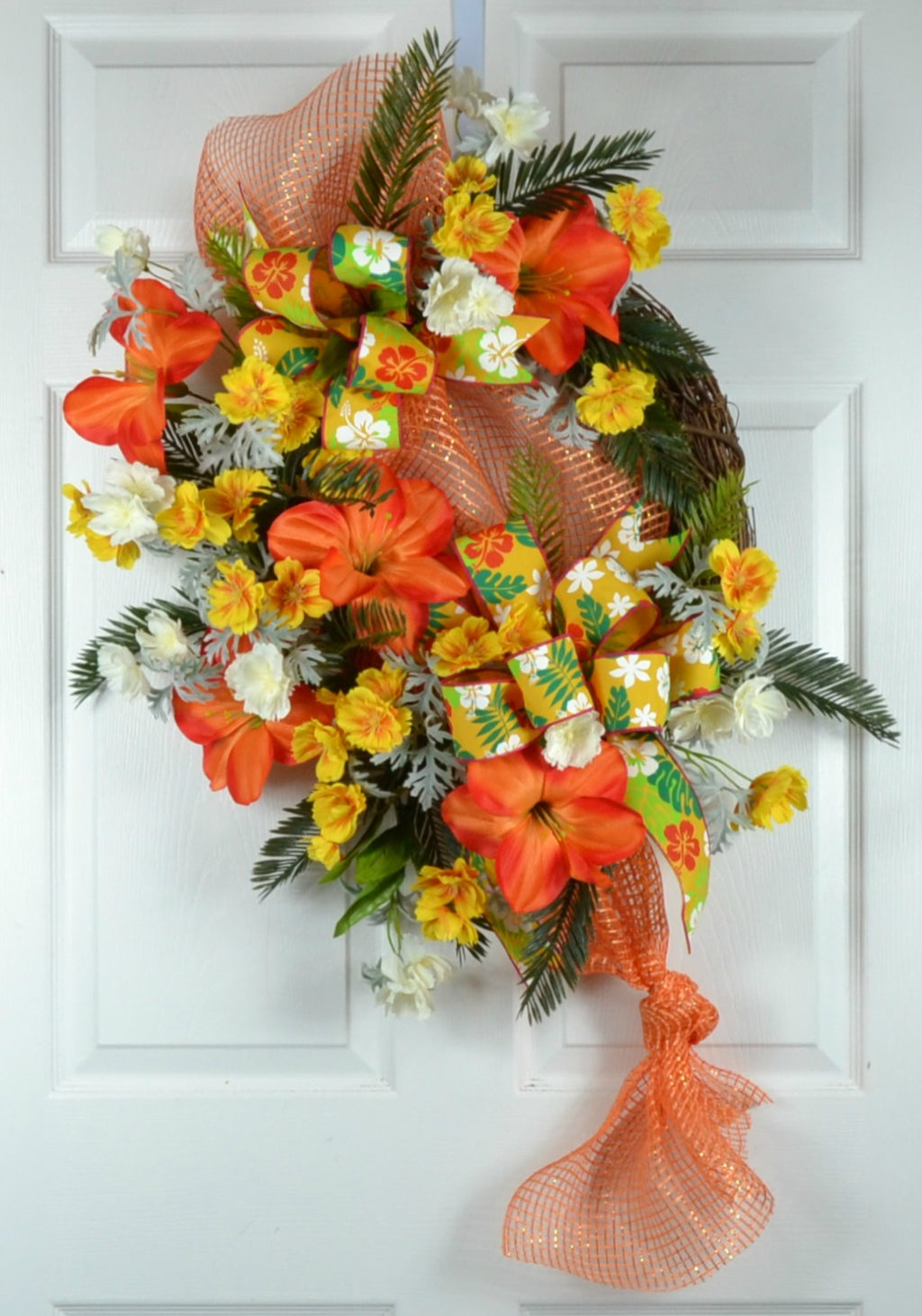 Hawaiian Luau Party Wreath