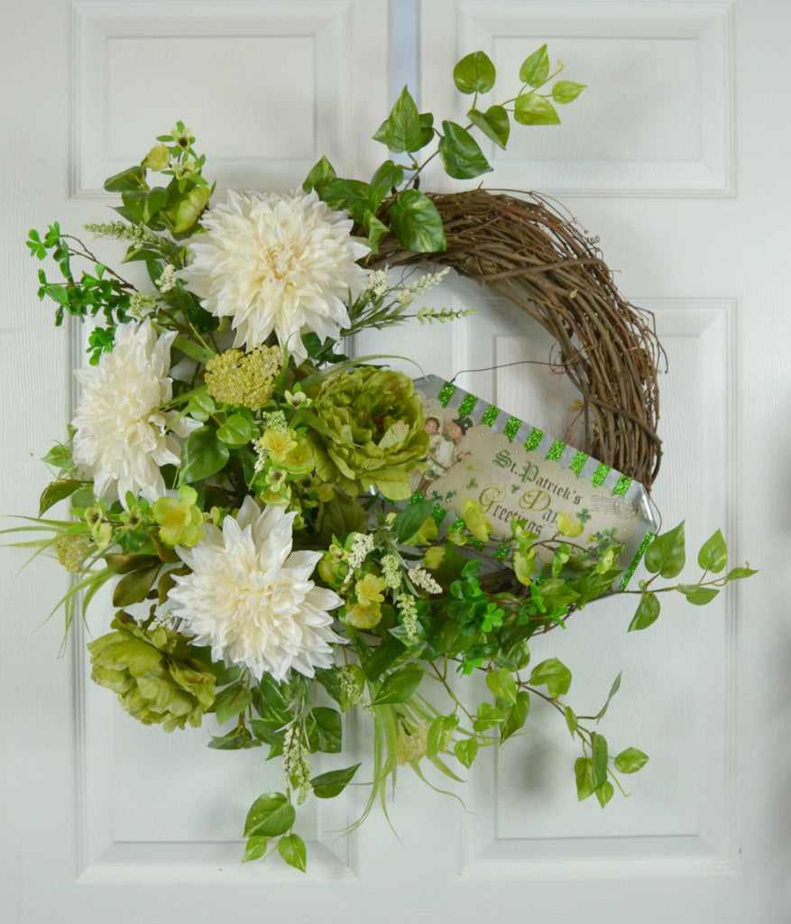 St Patrick's Day Greetings Wreath