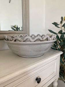 Wave and Bobble Bowl
