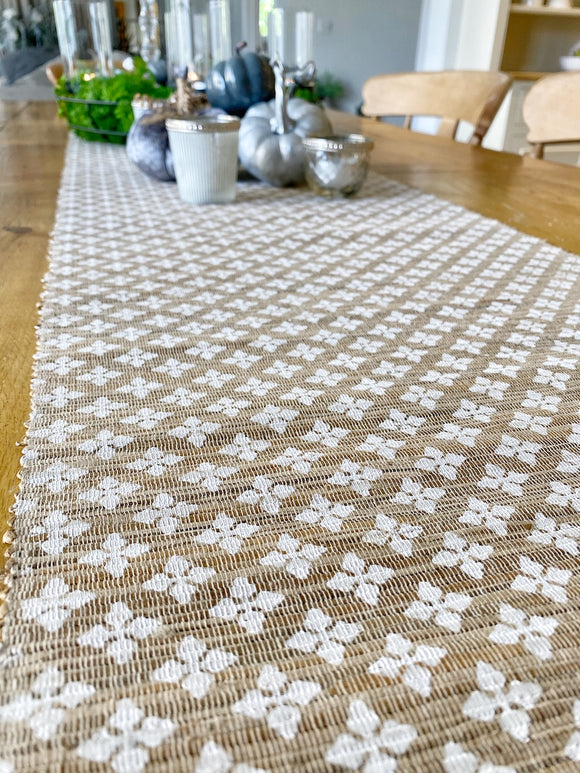 Table Runner - White Diamond