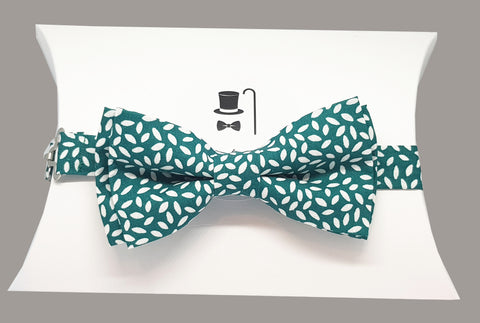 linen-bow-ties-what-fabric-for-a-bow-tie-societygent