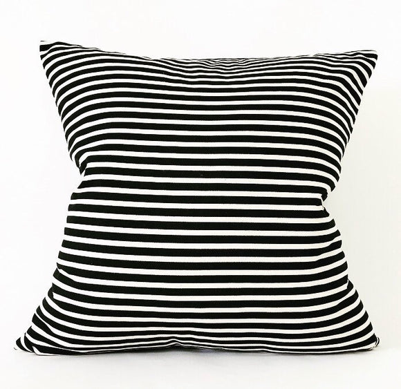MINI STRIPED BLACK/CREAM PILLOW COVER