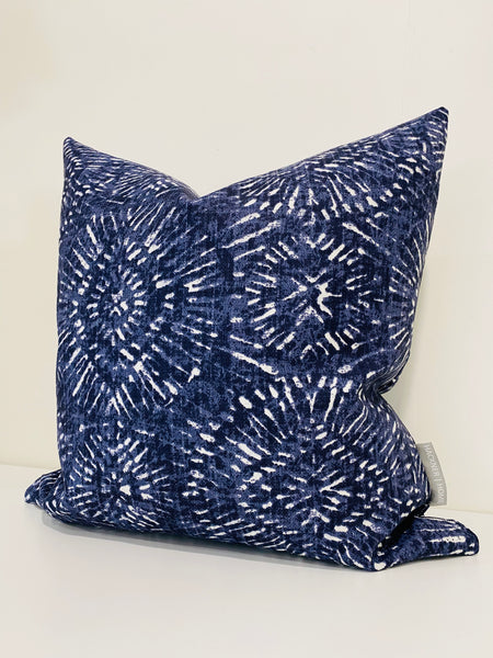 Outdoor Tie Dye Pillow Cover - Blue