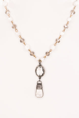 Pica Necklace in White/Clear