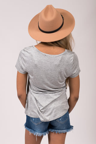 Kellie Pocket Tee (V Neck) in Heather Grey