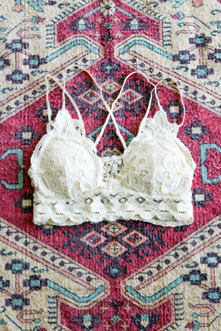 Amazing Lace Bralette in Cream