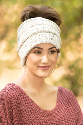 Messy Bun CC Beanie in Oatmeal