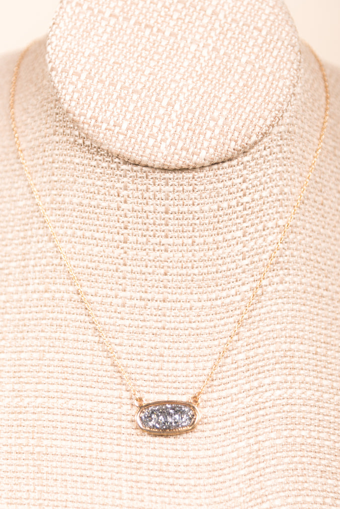 Kendall Glitter Necklace