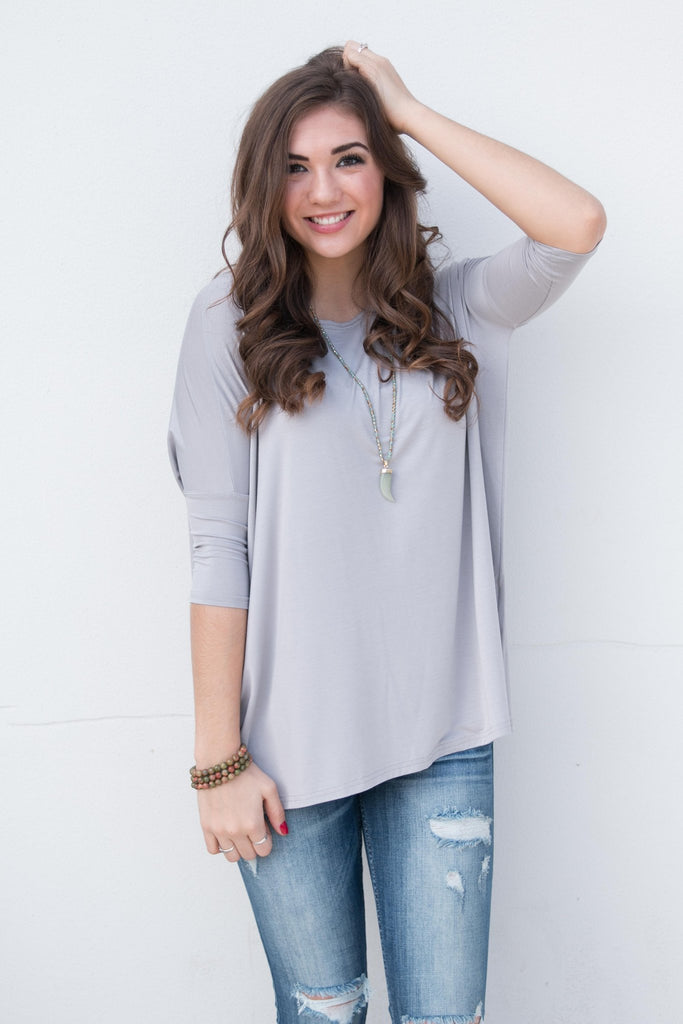 Piko Perfect 3/4 Sleeve Top in Light Grey