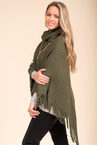 Autumn in the Park Poncho in Forest Green