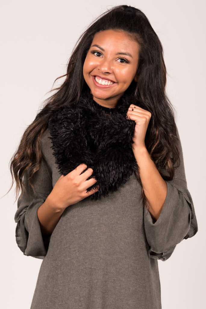 Sherpa Infinity Scarf in Black