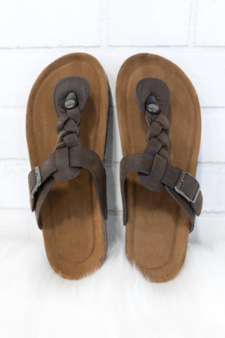 Beachside Sandals in Brown