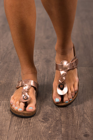 Beachside Sandals in Rose Gold