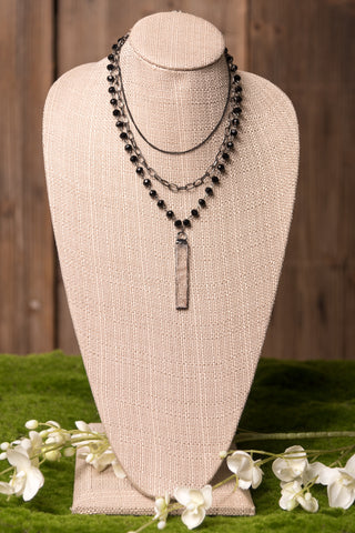 Carrie Necklace in Ebony