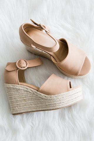 Island Getaway Wedges in Dark Nude