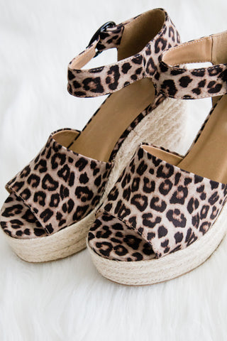 Island Getaway Wedges in Cheetah