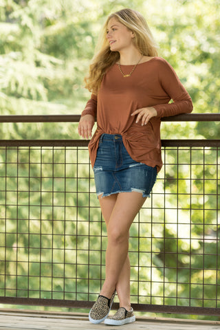 Piko Perfect Top in Caramel